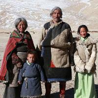 Cuộc sống không tiền, không công nghệ của bộ tộc trên dãy Himalaya