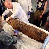 Xét nghiệm DNA xác ướp cậu bé 800 năm tuổi để tìm người thân