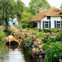 Ngôi làng độc đáo không có đường đi ở Hà Lan