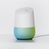 Google ra mắt Google Home, đối thủ trực tiếp của Amazon Echo