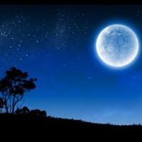 Trăng xanh và Hỏa tinh cùng chiếu sáng bầu trời đêm mai
