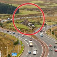 Vì sao tuyến đường cao tốc này phải vòng vèo để nhường chỗ cho một trang trại nhỏ?