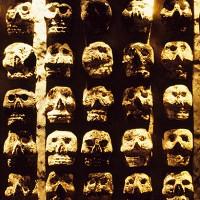 Mặt nạ hộp sọ bí ẩn trong đền thờ Aztec cổ đại