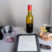 Tiết lộ gây sốc về vệ sinh trên máy bay