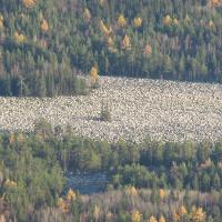 Khám phá dòng sông đá kỳ lạ ở Nga