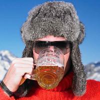 Thực hư chuyện uống rượu làm ấm người