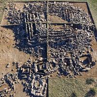Phát hiện Kim tự tháp đầu tiên của loài người, xây trước Kim tự tháp Ai Cập 1000 năm
