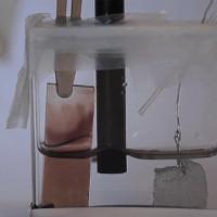 MIT phát triển kính đổi màu trong thời gian cực nhanh, không cần duy trì nguồn điện