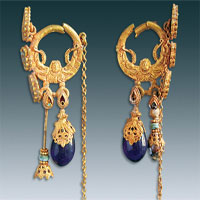 Bộ trang sức nạm đầy ngọc quý trong mộ nữ quý tộc Trung Quốc
