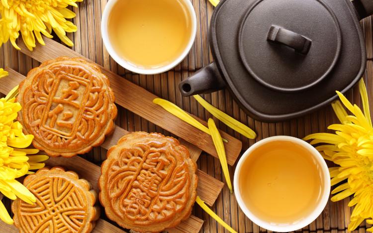 """Bánh Trung thu của Trung Quốc thường có hình tròn, tượng trưng cho """"đoàn viên"""", ý nghĩa đó bắt nguồn từ đời nhà Minh."""