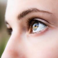 Lớp màng mỏng hơn sợi tóc giúp người mù lấy lại thị lực