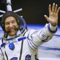 Phi hành gia Jeff Williams phá kỷ lục về thời gian sống trong không gian