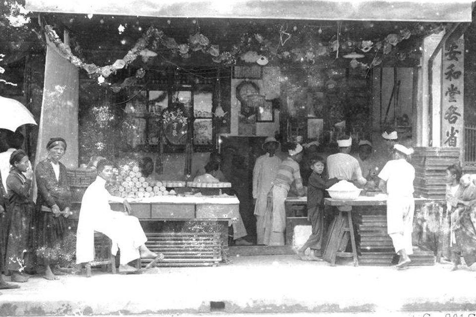 Một cửa hàng thực phẩm thời xưa, nay chỉ còn là dĩ vãng