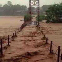 Miền Bắc mưa dông diện rộng, xuất hiện lũ trên các sông