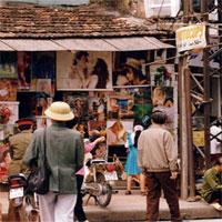 Phố cổ Hà Nội thập niên 90 trong ảnh của Đại sứ Nhật