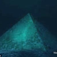 Kim tự tháp dưới đáy biển Tam giác Bermuda là nguyên nhân khiến máy bay mất tích?