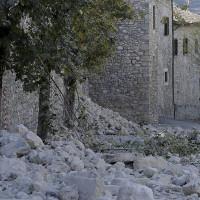 Cảnh tượng tan hoang sau trận động đất ở Italy