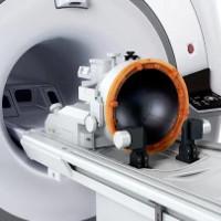 Bệnh run tay chân ở người già có thể chữa khỏi nhờ máy siêu âm mới