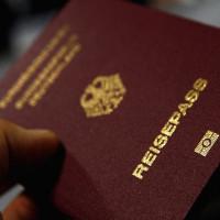 """Hộ chiếu Singapore """"quyền lực"""" nhất thế giới"""