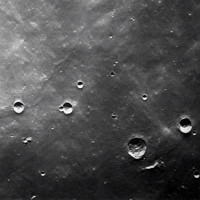 Cấu trúc tam giác giống căn cứ người ngoài hành tinh trên Mặt Trăng