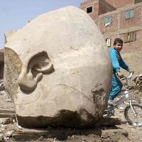 """Pharaoh """"trỗi dậy"""": Cận cảnh tượng ông tổ vĩ đại 3.000 năm của Ai Cập"""