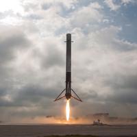 SpaceX đã đi vào lịch sử với màn phóng tên lửa tái sử dụng Falcon 9 thành công rực rỡ