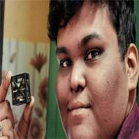 Học sinh 18 tuổi Ấn Độ vừa chế tạo ra vệ tinh nhẹ nhất thế giới