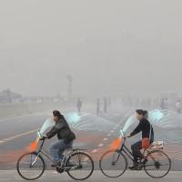 """Xe đạp """"ăn"""" khói mù và nhả không khí sạch ở Trung Quốc"""