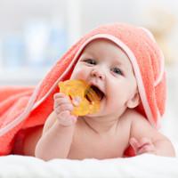 Làm gì để tránh viêm họng khi nắng nóng?