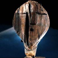 Răng hải ly đẽo gọt búp bê gỗ 10.000 năm