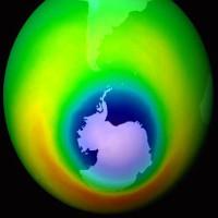 Tầng ozone bảo vệ Trái Đất đối mặt với mối đe dọa mới