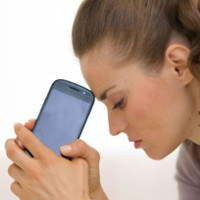 Từ bỏ nỗi lo hết điện với chiếc điện thoại không pin đầu tiên trên thế giới