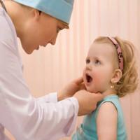 Phòng ngừa bệnh tay chân miệng cho trẻ mùa tựu trường