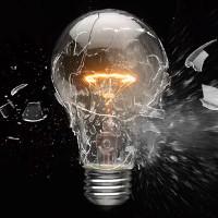 Những nguyên nhân khiến bóng đèn dễ cháy nổ