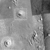 Phát hiện cấu trúc trôn ốc lồi quái lạ trên sao Hỏa