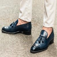Hậu quả khủng khiếp của thói quen đi giày mà không đi tất