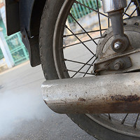 Khí thải xe máy độc hại hơn khí thải ô tô
