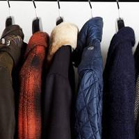 Lý giải chăn, quần áo phát điện mùa đông
