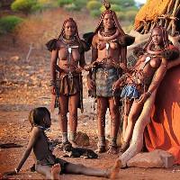 Bộ lạc Himba có phụ nữ để ngực trần ở châu Phi