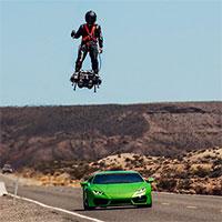 Xem màn trình diễn chao lượn hoverboard trên không với tốc độ lên tới 160km/h