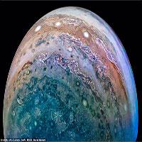 Biển mây sao Mộc tuyệt đẹp bốc mùi khó ngửi