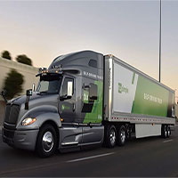 Thử nghiệm xe tải tự lái chuyển phát bưu kiện trên lộ trình hơn 1.600km