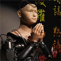 """Tranh cãi về """"nhà sư người máy"""" giảng kinh Phật ở ngôi chùa Nhật"""