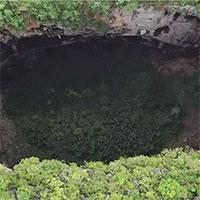 Phát hiện cụm 19 hố sụt khổng lồ quanh sông ngầm