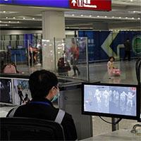 Bệnh phổi lạ Trung Quốc lây từ người sang người