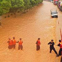 Trung Quốc: Vỡ 14 đê, lũ Trường Giang chảy ngược vào hồ nước ngọt lớn nhất