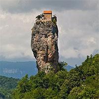 Kinh ngạc những ngôi nhà hẻo lánh nhất trên Trái đất