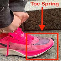 Nghiên cứu: giày toe spring hỗ trợ vận động làm tăng khả năng mắc chấn thương