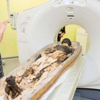 Đưa xác ướp 2300 tuổi vào máy chụp CT, các chuyên gia kinh ngạc trước bức hình nhận được