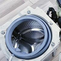 Một phần ba trọng lượng của máy giặt cửa ngang là bê tông